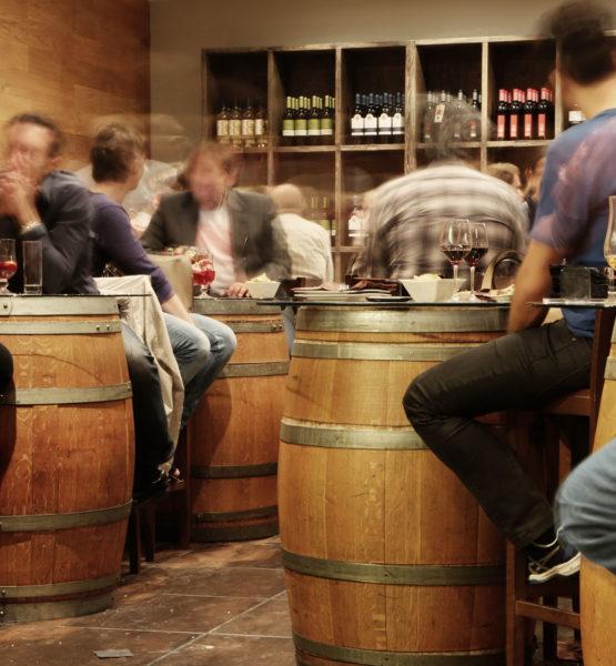 restaurant-alcohol-bar-drinks
